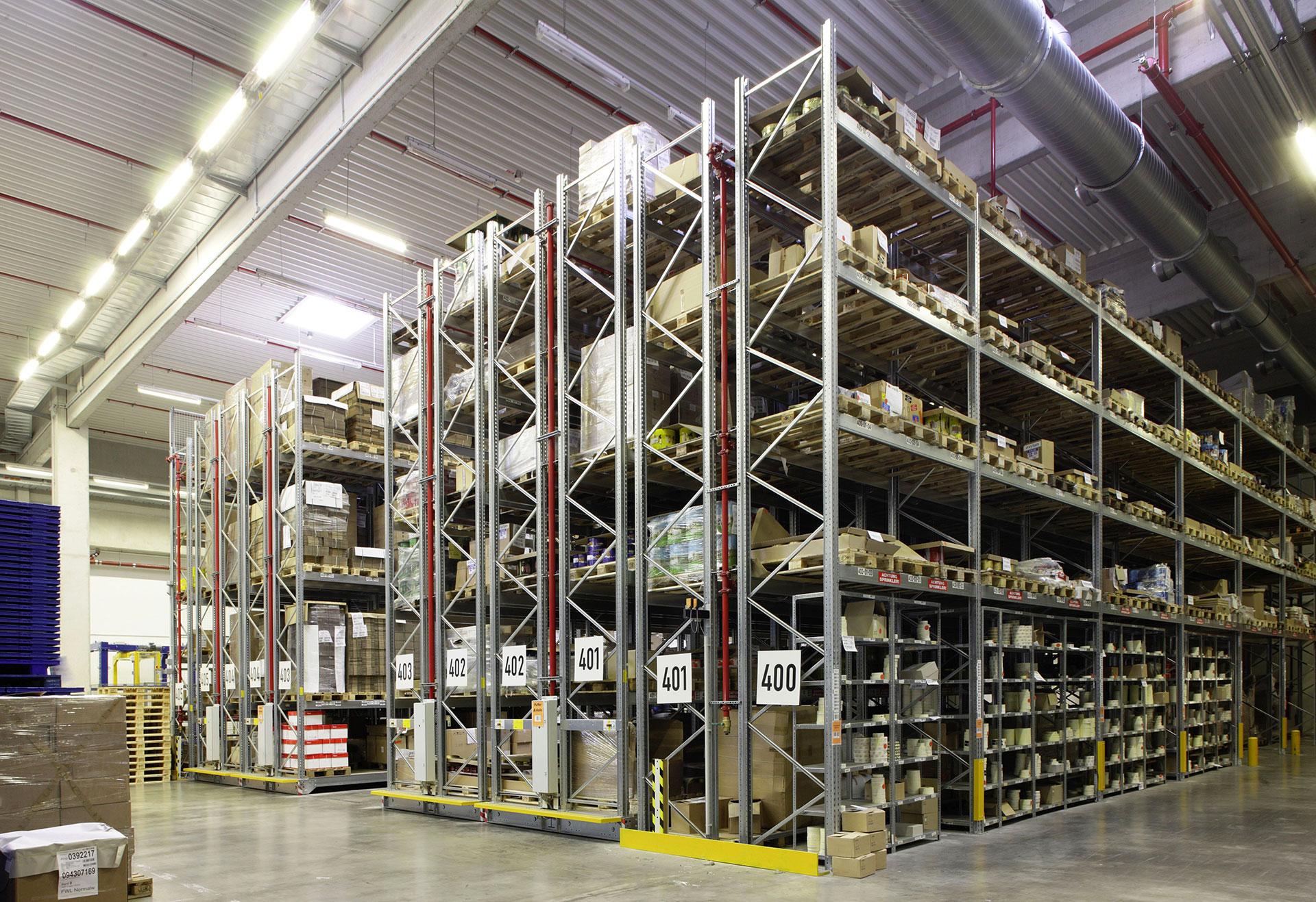 Magazzini mobili compattabili magazzino imballi dexion for Magazzini mobili