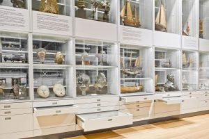 Scaffali per museo